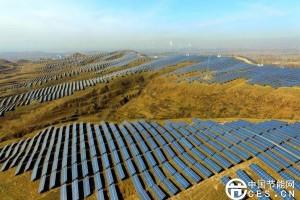 """外媒:中国在""""变绿"""" 引领全球清洁能源发展"""