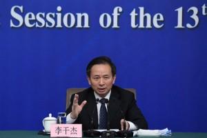 环保部部长李干杰:大气污染治理既要打攻坚战 也要打持久战