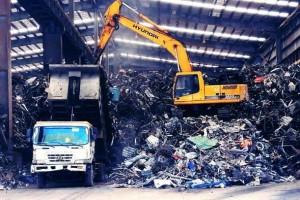 中国洋垃圾再加重码后,万吨固体废物被中国遣返