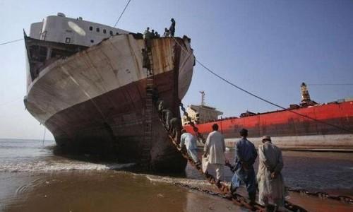 """继""""洋垃圾""""后,中国又下令禁止废船进国!印度或成下一个垃圾场?"""