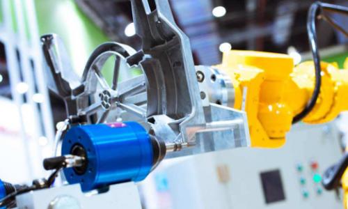 工程机械市场回暖 再制造与智能化成重要方向