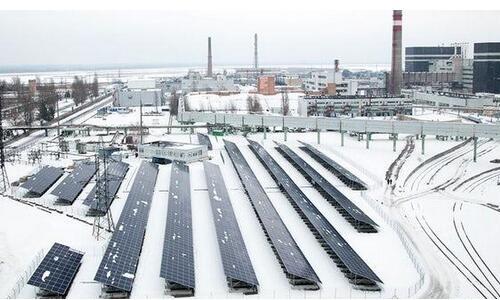 切尔诺贝利核废墟建起太阳能发电厂 正式运营
