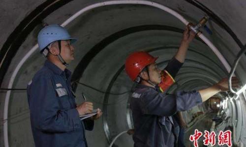 广东对澳门输电第三通道最难段贯通