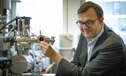 太阳热能储存技术获重大进展,瑞典科学家研制神奇液体