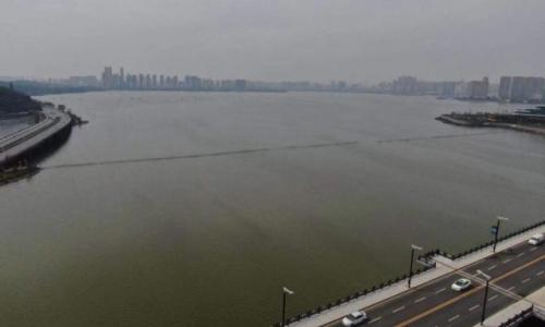 谁在污染我们的环境——水污染现象曝光(武汉生态环境)