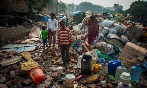 印度垃圾遍地饮用水污染严重,住酒店不能刷牙,刷牙就会坏肚子