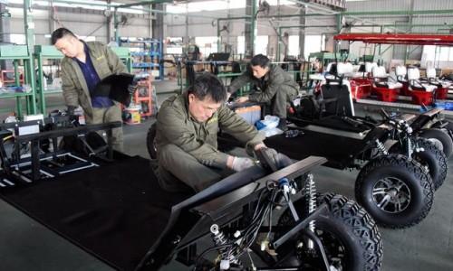 浙江仙居:绿色新能源电动观光车 远销世界各地