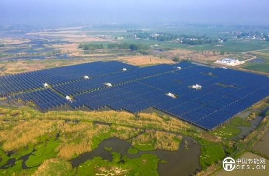 安徽固镇首个渔光互补示范项目:光伏发电 节能减排