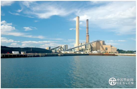 太阳能+储能项目成本下降或将取代部分燃煤发电厂