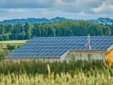 分布式发电市场化环境下扶贫光伏布点定容双层优化模型