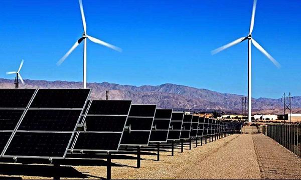 中石油董事长戴厚良:今年将进一步加大光伏发电和风能规模