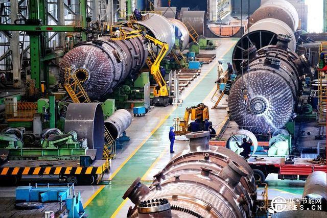 世界最大气化炉产成发运