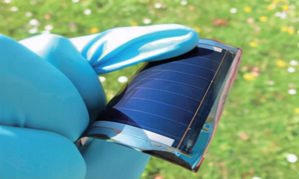 柔性太阳电池发展研究