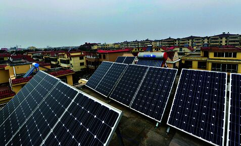 """北京3000余家庭建起""""光伏屋顶"""" 年发电量约2.6亿度"""
