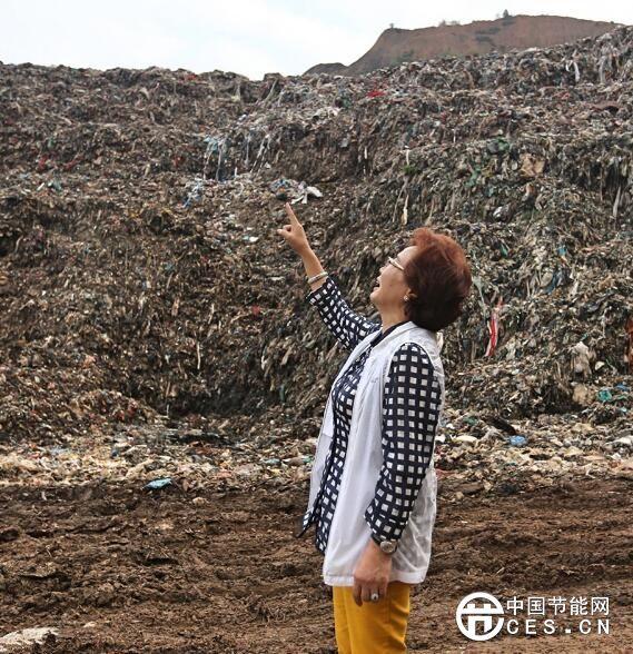 """要把垃圾场变成公园!记""""垃圾女王""""和她的""""垃圾王国"""""""